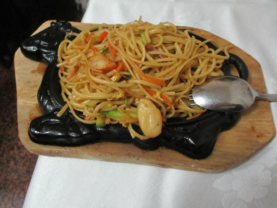 Spaghetti alla piastra con frutti di mare picture of for Gamberi alla piastra cinesi