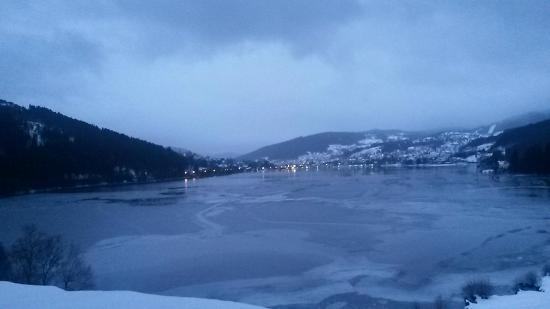 L'Auberge Au Bord du Lac : View from family room (town of Gerardmer is seen on other side of lake)