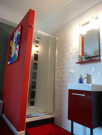 Welcome To My Place: Bathroom Baldaquin room