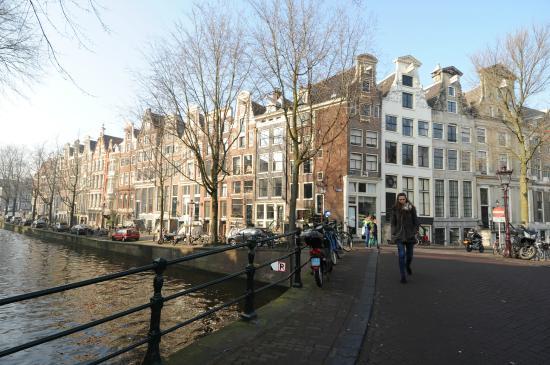 De Leydsche Hof: Leidsegracht/Herengracht corner