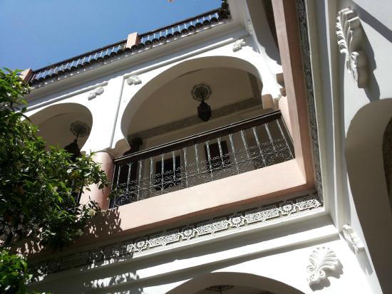 Riad Bousskri: Vue du patio