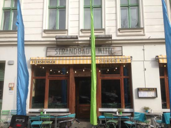 Strandbad Mitte: Outside of the cafe