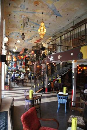 Szatyor Bar es Galeria