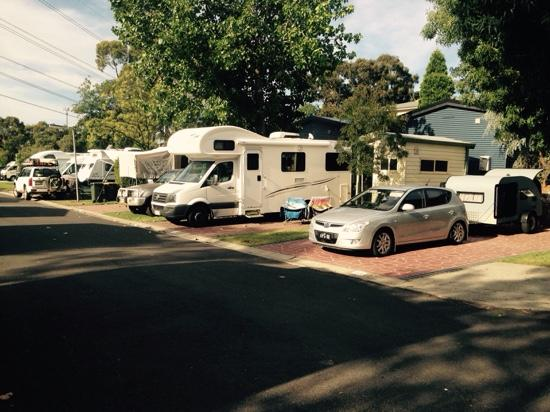 Melbourne BIG4 Holiday Park: Ensuite sites and the western sun!