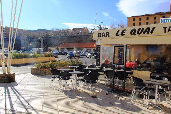 Le quai picture of le quai port vendres tripadvisor - Restaurant le france port vendres ...