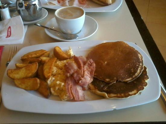 Vips: Buen desayuno americano