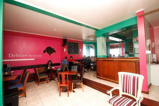 Delman Bar & Lounge