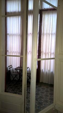 Bed & Art Hostel: Area living interna alla camere