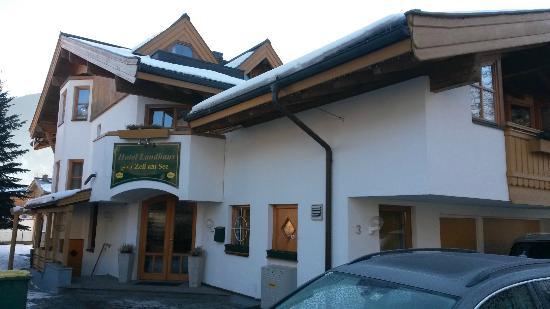 Landhaus : Aussenansicht Eingang