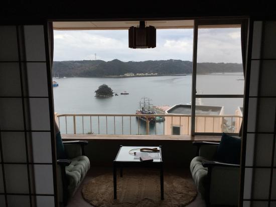 Kurofune Hotel: 窓から黒船&港☆