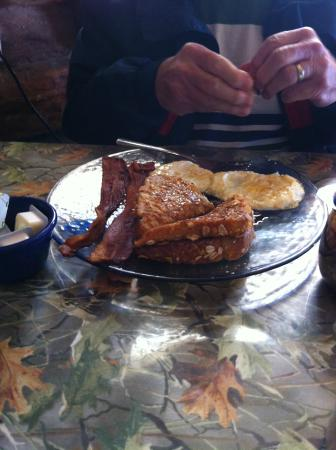 Ike's Cook Shack : French toast