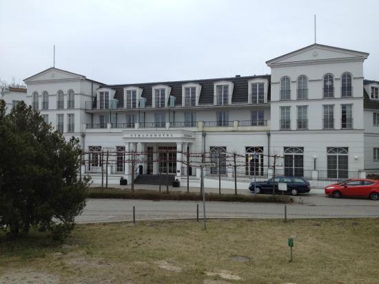 Steigenberger Strandhotel und Spa: Haupteingang
