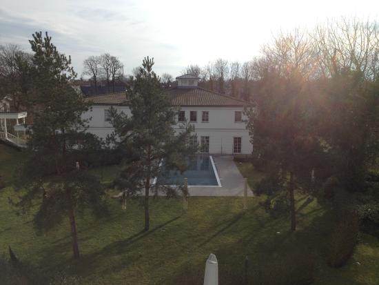 Steigenberger Strandhotel und Spa: Blick auf das SPA Haus