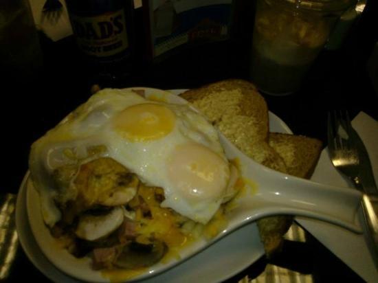 MJs American Diner : Skillet