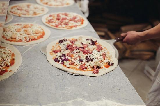 Il nostro bancone - Picture of Il Tulipano Ristorante Pizzeria, Carpi ...