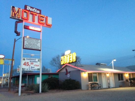 motels in winslow az