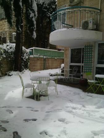 Eden Jerusalem Hotel: Snow in Jerusalem -February 2015