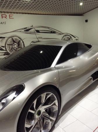 Coventry, UK: Flash Jaguar!