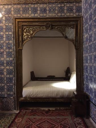 Le lit au chambre bleue photo de la chambre bleue tunis for Chambre bleue tunis