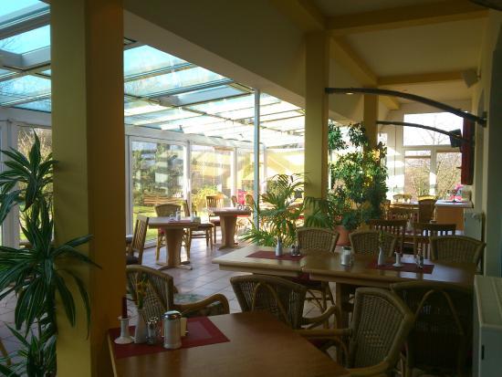 Wittenbeck, Allemagne : Frühstück und Abendbrot im Wintergarten
