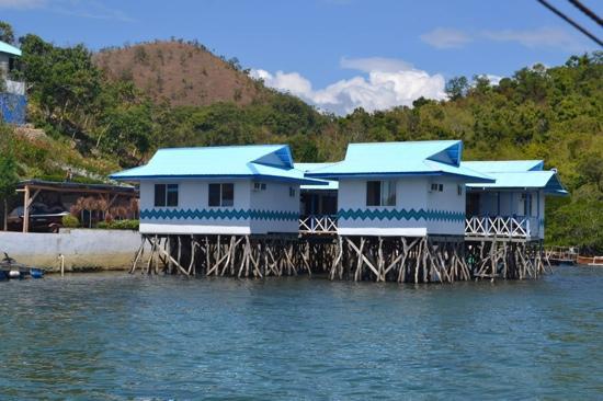 Floating Villa Picture Of Coron Underwater Garden Resort Coron Tripadvisor