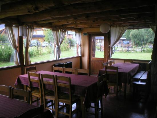 Hosteria Paralelo 41: Comedor del hostel.
