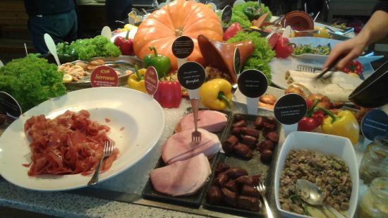 Restaurants Colmar: le buffet d'entrée