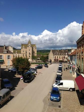 Le Chevreuil : View from family room