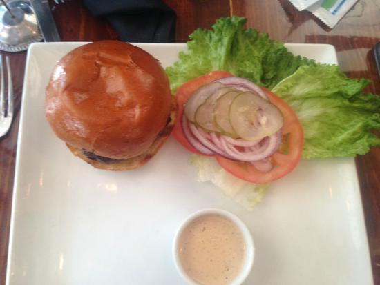 Boneyard Bistro : Basic B#%&h burger