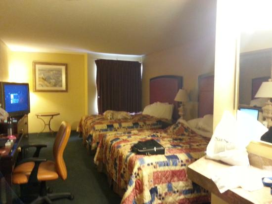 Super 8 - Harrison OH : Room 140