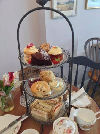 Poppy's Vintage Tea Room