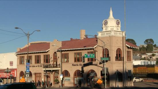‪‪Nogales‬, ‪Arizona‬: The 1914 City Hall Building now houses the Pimeria Alta Museum‬