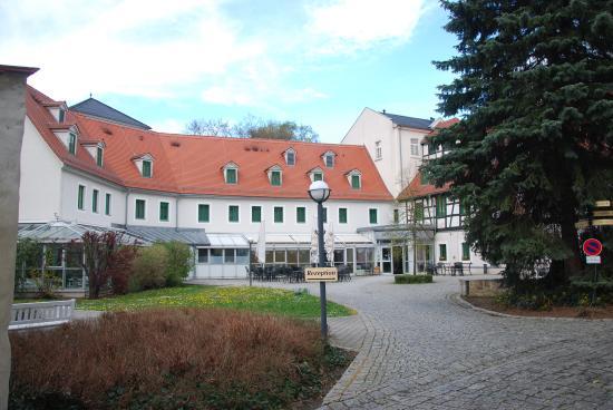 Hotel Schloss Schweinsburg: Delightfull Setting