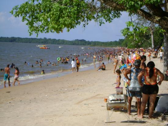 Barcarena: paisagem da praia