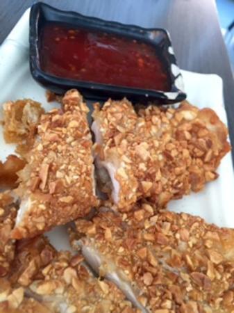 Meluka Restaurante Asiatico: Pechuga de pollo frito con almendras