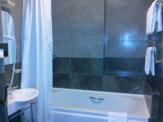 Residence Hotel & SPA: Ванная комната