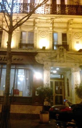 Hotel Meslay Republique: Ingresso.