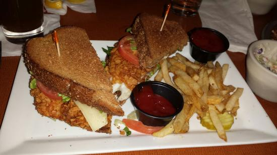 Green Mill: Walleye sandwhich. Cold fries, soggy barely toasted bread and luke warm walleye fish.