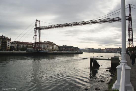 hotel puente colgante portugalete:
