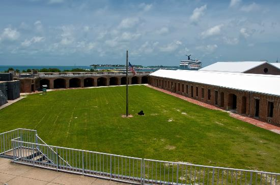 fort zachary taylor Fort zachary taylor state park is a reception venue in key west, fl read  reviews and contact fort zachary taylor state park directly on the knot.