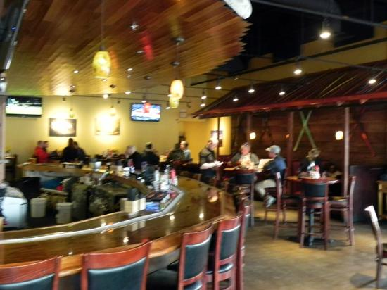 Pajarito Brewpub and Grill: Interior