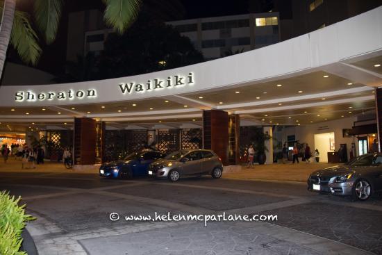 Entrance To Shopping Picture Of Sheraton Waikiki