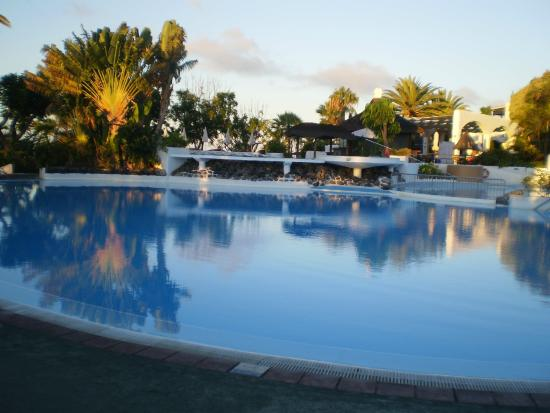 H uschenreihe picture of hotel jardin tecina playa de for Jardin 63