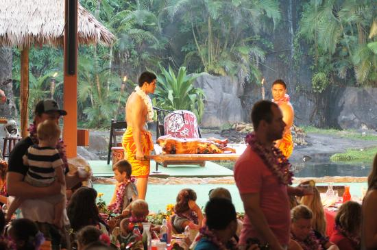 Alii Luau At The Polynesian Cultural Center: The Luau pig