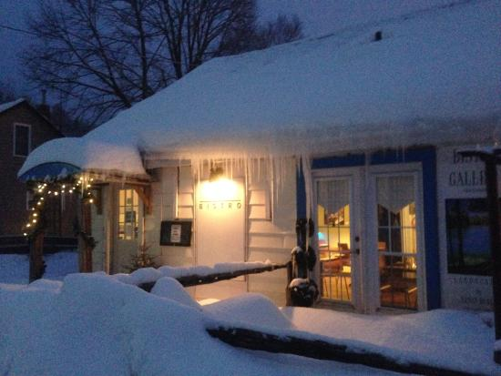 Blue Roof Bistro: On a cold snowy night...
