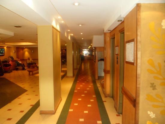 Hotel Aguas Del Sur : El lobby