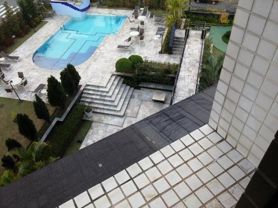 Brasilia Small Town Flat Service: Vista quarto para a pisxina