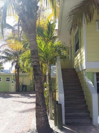 """Shipwreck Motel: """"Our room was up the stairs to the right"""""""