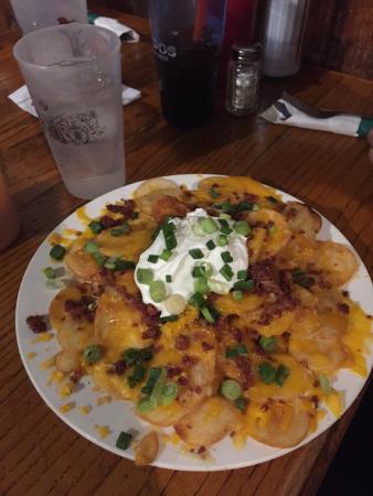 Lardo's Grill & Saloon : Loaded Lardo Fries