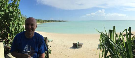 Pacific Resort Aitutaki: Outdoor space - Premium Beachfront Bungalow